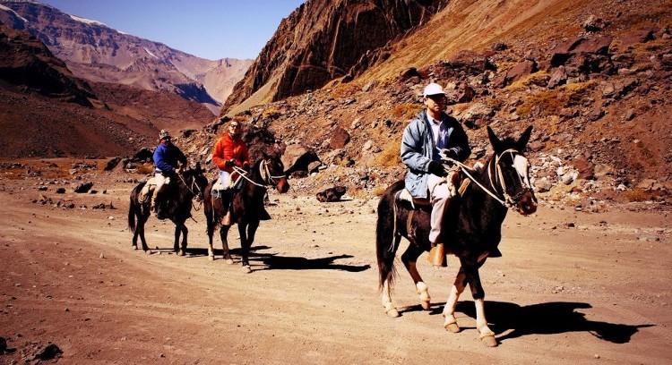Cavalgada Glaciar El Morado e Termas