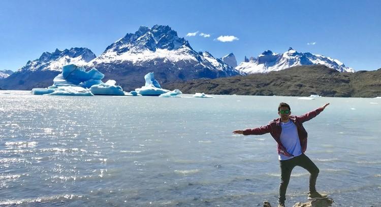 Icebergs Lago Grey